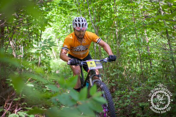 Enduro overall winner Bryan Fawley (Kodiak Tough) makes his way through the woods at the NoTubes Trans-Sylvania Epic.