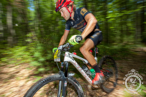 Cody Kaiser (Colt Training Systems) pushes hard through a wooded segment at the NoTubes Trans-Sylvania Epic.