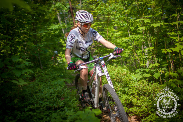Libby White (Colt Training Systems) cuts a line through the brush during stage 7 of the NoTubes Trans-Sylvania Epic.
