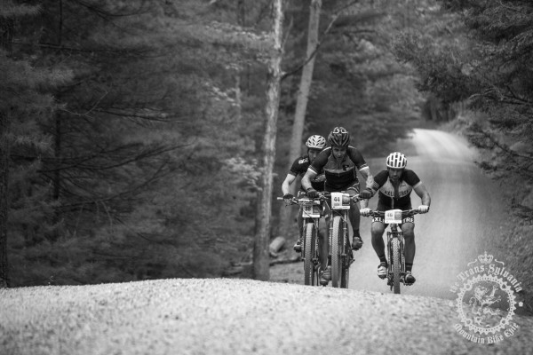 Riders working together out on the road at the NoTubes Trans-Sylvania Epic.