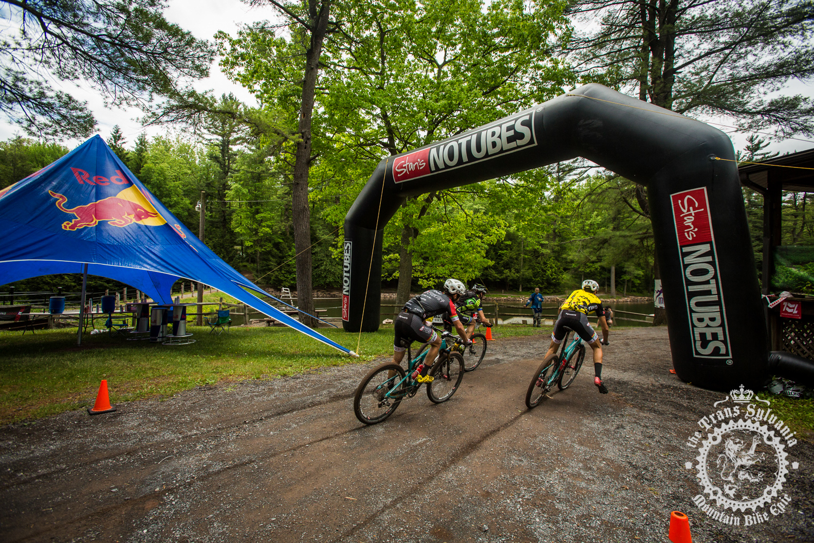 Timmerman and Barclay win stage 4 at the NoTubes Trans-Sylvania Epic