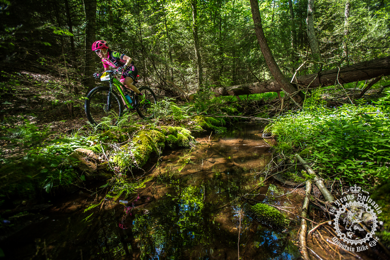 McElveen and Anthony win stage 5 at the NoTubes Trans-Sylvania Epic