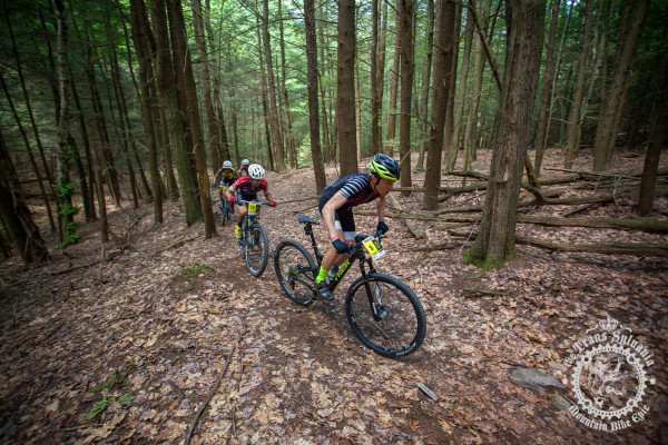 Peter Glassford (Trek Canada) leads the breakaway on dry, fast trails at the NoTubes Trans-Sylvania Epic.