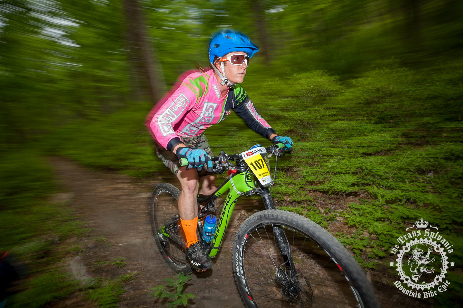 Lindine and Haywood win stage 3 at the NoTubes Trans-Sylvania Epic