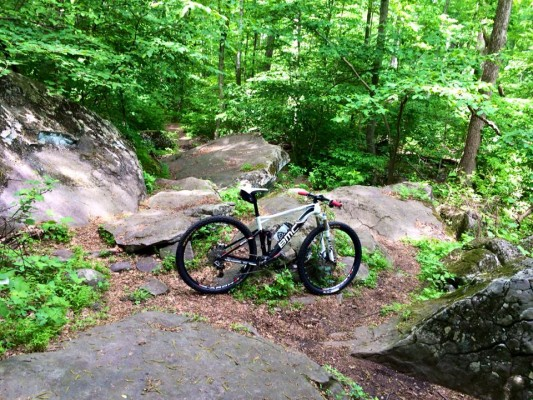 I just love the way the BMC Fourstroke eats up these rocks!