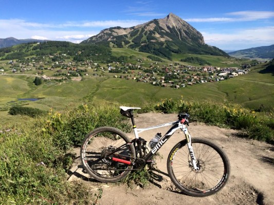 Snodgrass trail looking over Mt. Crested Butte