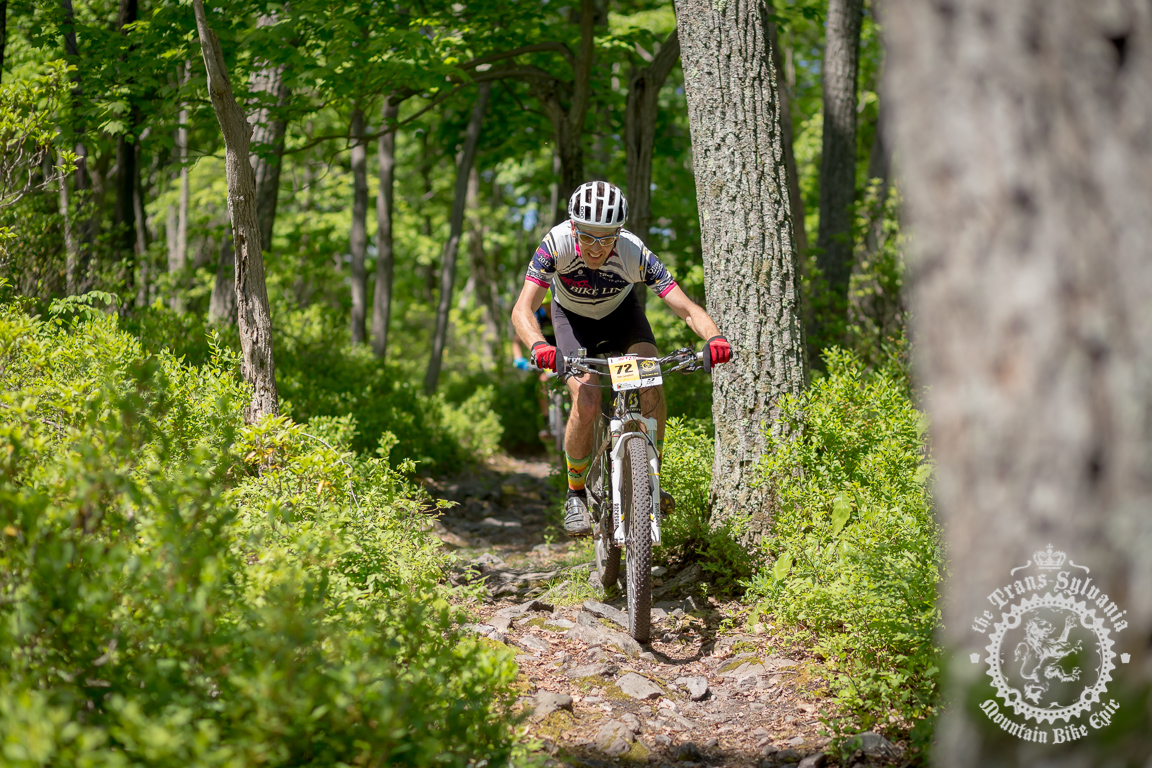 Lindine wins stage 2 battle with Werner at the NoTubes Trans-Sylvania Epic