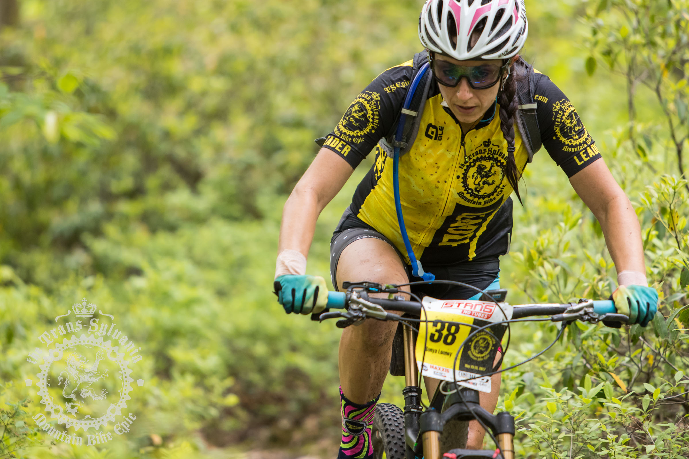 Trudeau and Looney Win Queen Stage at the NoTubes Trans-Sylvania Epic